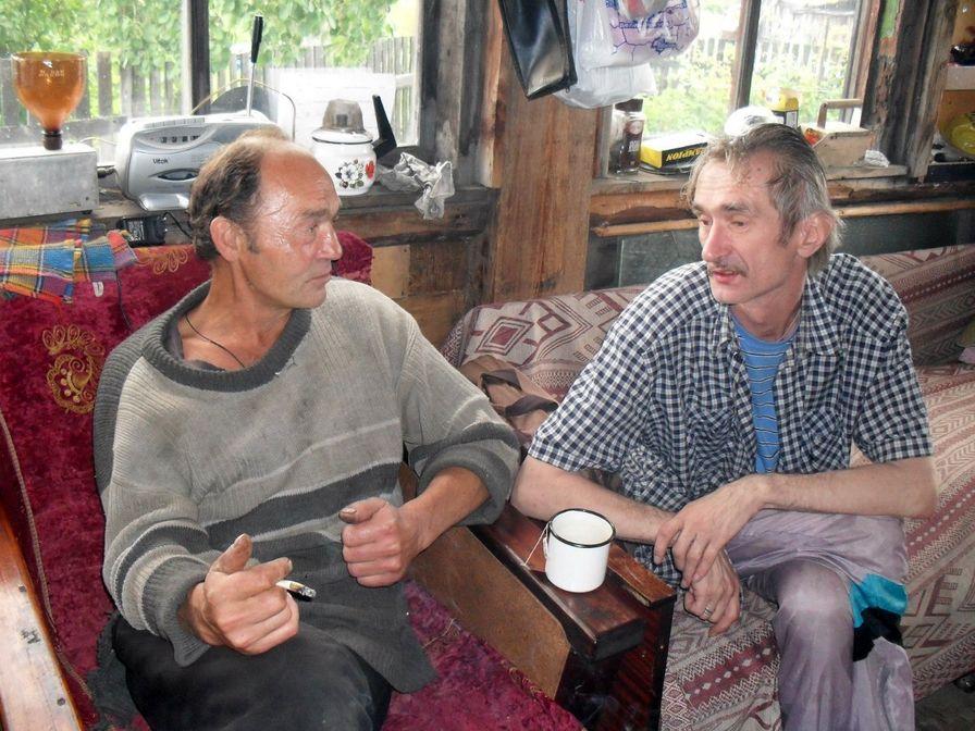 На даче поэта Николая Колычева. Н.Колычев и Г.Шлихтов